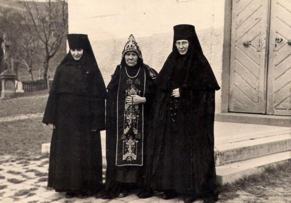 A monostor nővérei. A 60-as évek eleje.
