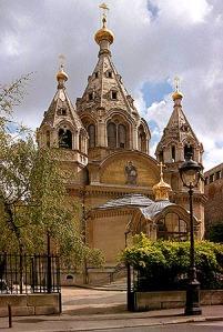 A párizsi Névai Szent Sándor székesegyház, a nyugat-európai orosz emigráció egyik központja